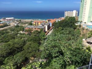 Apartamento En Ventaen Parroquia Caraballeda, La Llanada, Venezuela, VE RAH: 21-369
