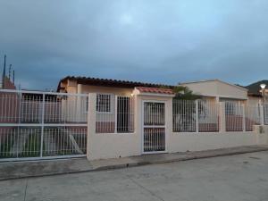 Casa En Ventaen Margarita, Porlamar, Venezuela, VE RAH: 21-382
