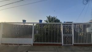 Casa En Ventaen Barquisimeto, Parroquia El Cuji, Venezuela, VE RAH: 21-413