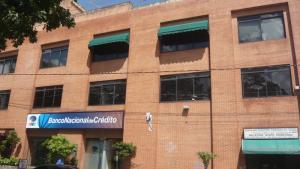 Local Comercial En Ventaen Caracas, La Trinidad, Venezuela, VE RAH: 21-418