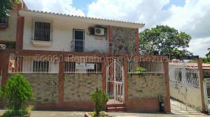 Casa En Ventaen Valencia, Trigal Norte, Venezuela, VE RAH: 21-452