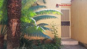 Casa En Ventaen Cagua, La Ciudadela, Venezuela, VE RAH: 21-499