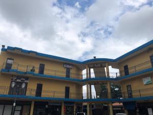 Oficina En Ventaen Valencia, La Trigaleña, Venezuela, VE RAH: 21-494
