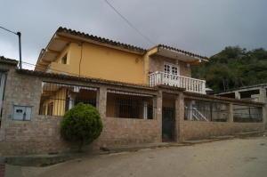 Casa En Ventaen Caracas, El Junquito, Venezuela, VE RAH: 21-538