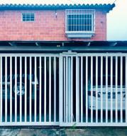 Townhouse En Ventaen Carrizal, Llano Alto, Venezuela, VE RAH: 21-554