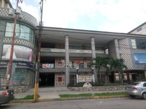 Local Comercial En Ventaen Valencia, Los Sauces, Venezuela, VE RAH: 21-574