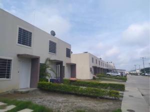 Casa En Ventaen Barquisimeto, Terrazas De La Ensenada, Venezuela, VE RAH: 21-609