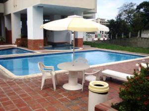 Apartamento En Ventaen Parroquia Caraballeda, Caribe, Venezuela, VE RAH: 21-639