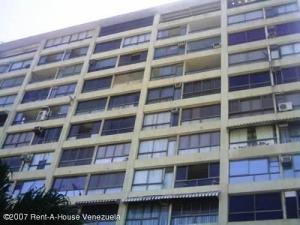 Apartamento En Ventaen Parroquia Caraballeda, Los Corales, Venezuela, VE RAH: 21-643