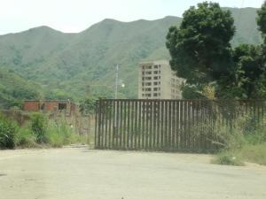Terreno En Ventaen Municipio Naguanagua, Ciudad Jardin Manongo, Venezuela, VE RAH: 21-687