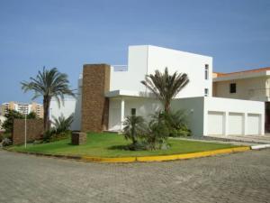 Casa En Ventaen Margarita, Maneiro, Venezuela, VE RAH: 21-702