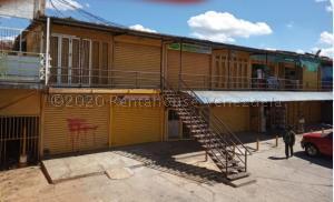 Local Comercial En Ventaen Municipio Libertador, Parroquia Tocuyito, Venezuela, VE RAH: 21-723
