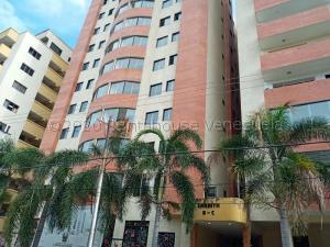 Apartamento En Ventaen Valencia, Prebo I, Venezuela, VE RAH: 21-719