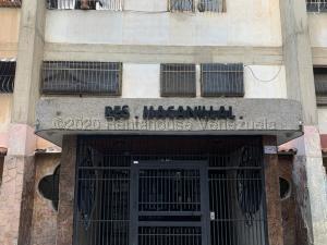 Apartamento En Ventaen Caracas, Caricuao, Venezuela, VE RAH: 21-754