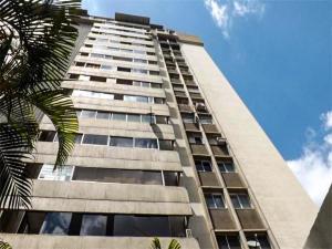Apartamento En Ventaen Caracas, Prados Del Este, Venezuela, VE RAH: 21-796