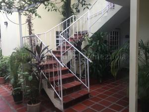 Apartamento En Alquileren Maracaibo, Paraiso, Venezuela, VE RAH: 21-804
