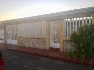 Casa En Ventaen Municipio San Francisco, El Perú-San Francisco, Venezuela, VE RAH: 21-810