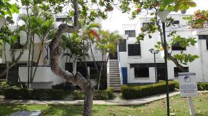 Apartamento En Ventaen Rio Chico, Los Canales De Rio Chico, Venezuela, VE RAH: 21-823