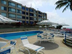 Apartamento En Ventaen Higuerote, Higuerote, Venezuela, VE RAH: 21-834