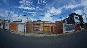 Local Comercial En Ventaen Barquisimeto, Centro, Venezuela, VE RAH: 21-837