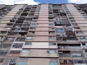 Apartamento En Ventaen Caracas, San Martin, Venezuela, VE RAH: 21-850