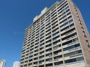 Apartamento En Ventaen Parroquia Naiguata, Camuri Grande, Venezuela, VE RAH: 21-865