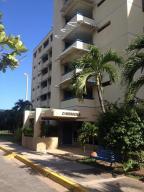 Apartamento En Ventaen Higuerote, Agua Sal, Venezuela, VE RAH: 21-888
