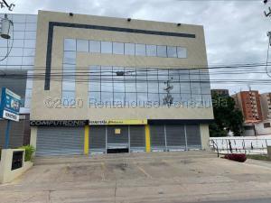Local Comercial En Ventaen Lecheria, Av Diego Bautista Urbaneja, Venezuela, VE RAH: 21-910