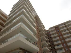 Apartamento En Ventaen Higuerote, Puerto Encantado, Venezuela, VE RAH: 21-935