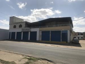 Edificio En Ventaen Ciudad Bolivar, La Sabanita, Venezuela, VE RAH: 21-945