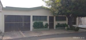Casa En Ventaen Maracaibo, La Victoria, Venezuela, VE RAH: 21-952