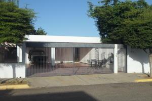 Casa En Ventaen Maracaibo, Los Olivos, Venezuela, VE RAH: 21-953