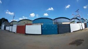 Galpon - Deposito En Ventaen Valencia, Lizandro Alvarado, Venezuela, VE RAH: 21-996