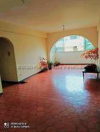 Apartamento En Alquileren Caracas, Macaracuay, Venezuela, VE RAH: 21-1015