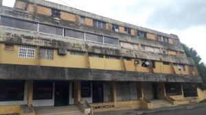 Apartamento En Ventaen Municipio Barinas, Ave Montilla, Venezuela, VE RAH: 21-1077