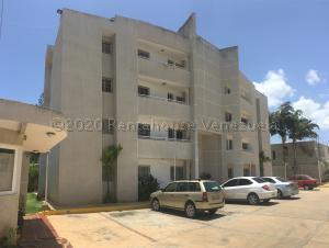 Apartamento En Ventaen Maracaibo, Avenida Goajira, Venezuela, VE RAH: 21-1079