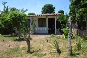 Casa En Ventaen Margarita, El Cardon, Venezuela, VE RAH: 21-4761