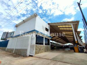 Galpon - Deposito En Alquileren Maracaibo, Veritas, Venezuela, VE RAH: 21-1106