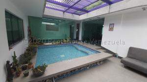 Casa En Ventaen Caracas, Altamira, Venezuela, VE RAH: 21-1380