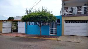 Casa En Alquileren Maracaibo, La Floresta, Venezuela, VE RAH: 21-1126