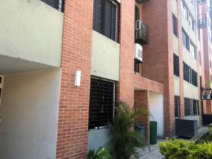 Apartamento En Ventaen Caracas, Los Naranjos Humboldt, Venezuela, VE RAH: 21-1134