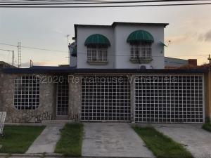 Casa En Ventaen Turmero, La Mantuana, Venezuela, VE RAH: 21-1180