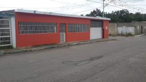 Casa En Ventaen Yaritagua, Municipio Peña, Venezuela, VE RAH: 21-1183