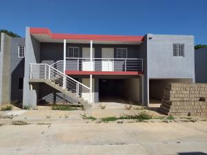 Apartamento En Ventaen Coro, Centro, Venezuela, VE RAH: 21-1200
