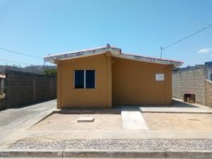 Casa En Ventaen Yaritagua, Municipio Peña, Venezuela, VE RAH: 21-1205