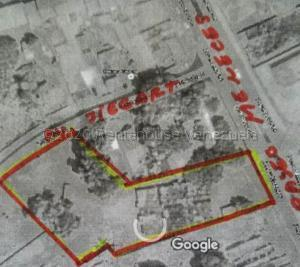 Terreno En Ventaen Ciudad Bolivar, Paseo Meneses, Venezuela, VE RAH: 21-1214