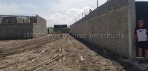 Terreno En Ventaen Cabudare, El Paraiso, Venezuela, VE RAH: 21-1215