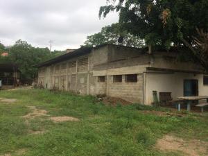 Galpon - Deposito En Ventaen Charallave, Rio Tuy, Venezuela, VE RAH: 21-1255