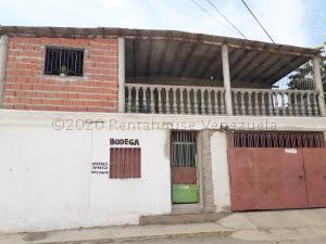 Local Comercial En Ventaen Coro, Centro, Venezuela, VE RAH: 21-1274