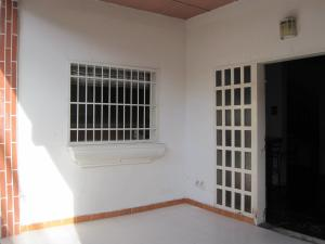 Casa En Ventaen Maracay, La Cooperativa, Venezuela, VE RAH: 21-1302